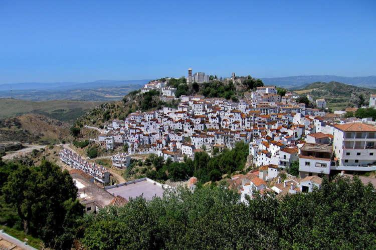 https://spaanslerentilburg.nl/wp-content/uploads/2018/12/Wandelen-door-witte-dorpen-Zuid-Spanje.jpg